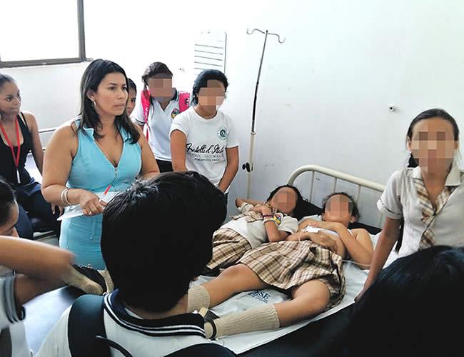 Los estudiantes recibieron asistencia médica en el Hospital de Puerto Colomba. Se encuentran fuera de peligro. | Foto: Archivo