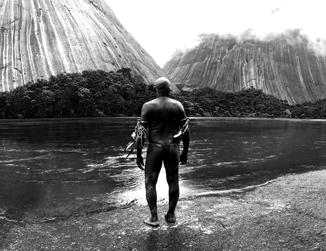 El Abrazo de la Serpiente es la película de Ciro Guerra que compite en los Premios Óscar en la categoría a Mejor Película Extranjera.