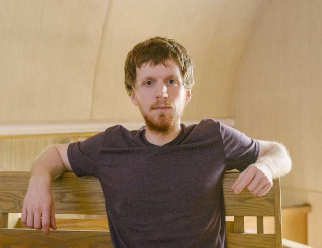 Alexander Rhodes, fundador de un sitio que ayuda a los adictos a la pornografía | Foto:  Kristian Thacker para el NYTimes