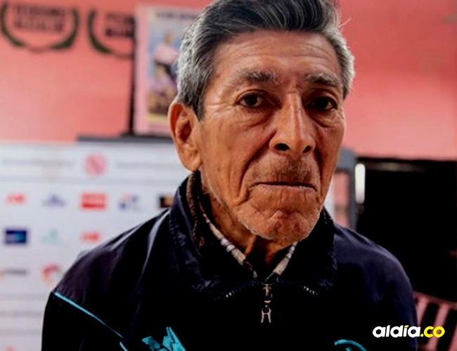 Ricardo Luna, ejerce la labor de utilero desde hace seis décadas en el equipo Sport Boys.   Tomada de: Perú 21.