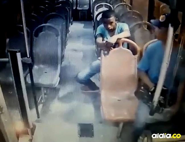 Los delincuentes se llevaron lo producido del día. |Tomada de: Captura de pantalla.