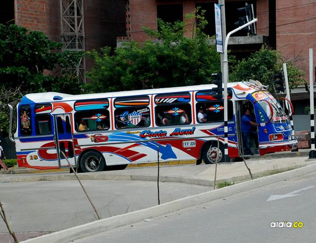 Cerca de 40 pasajeros del bus de la empresa Costa Azul resultaron afectados tras el asalto. | Picssr