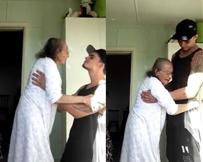 La abuelita de 93 años con su nieto de 23. | Foto: Facebook