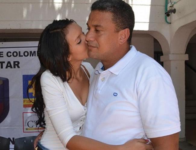 Alejandra Valencia y Jorge Freyte expresan su amor en la Unidad de Reacción Inmediata de la Fiscalía | Foto: José Puente