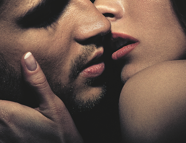 Para Don Juan Casanova el beso aunque creamos que es básico, realmente es un revitalizante por no puede faltar en nuestras relaciones. | Foto: Archivo