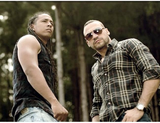 Xavier Ospina Navarro (izquierda) hacía parte del dúo musical Edwar y Kubba. | Foto: elespectador.com