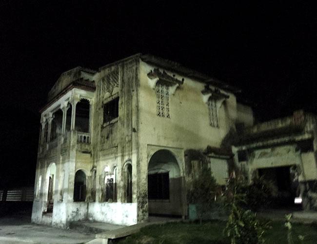 Varios fantasmas se han apoderado de esta casona abandonada | Foto:Al Día