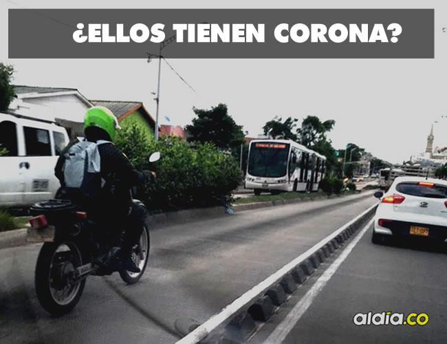 Policías en Barranquilla utilizando el carril SOLO BUS de Transmetro en sus motos particulares y sin atender ninguna emergencia ¿Por qué? | Al Día