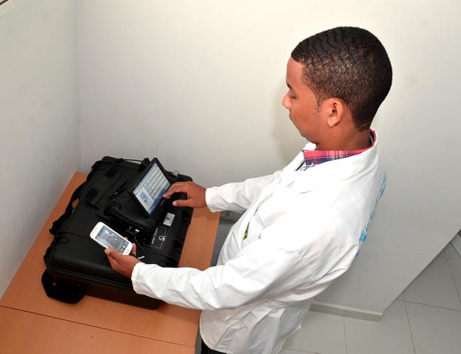 En el Área de Delitos Informáticos del Laboratorio de Criminalística Regional de la Policía, cuentan con tecnología para enfrentar a los ciberdelincuentes. | Foto: Archivo