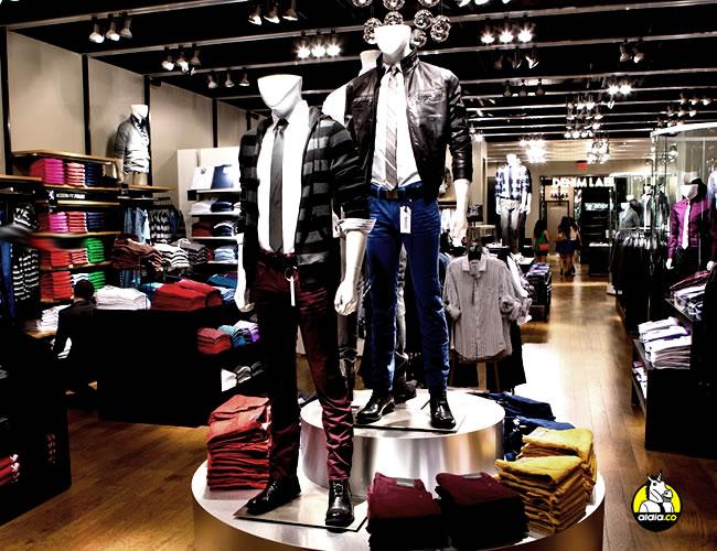 Las tiendas juegan con nuestros sentidos para hacernos comprarnos más | Archivo