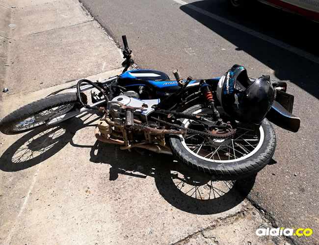 La moto que manejaba el adolescente que murió | Al Día