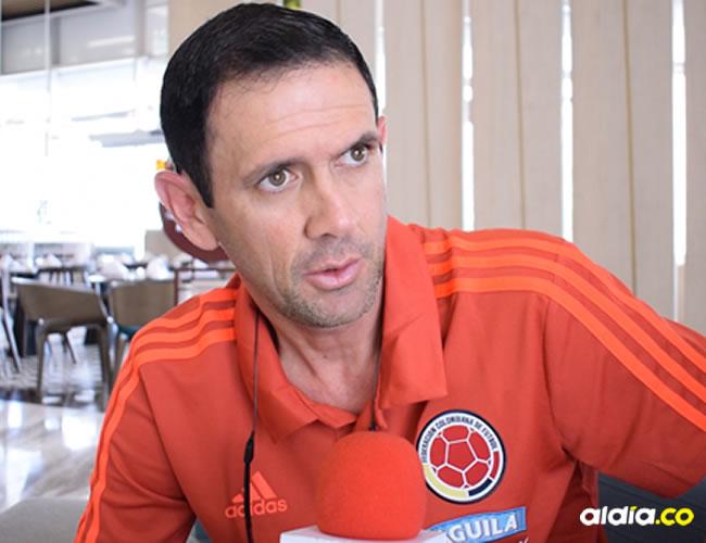 El técnico samario de la Selección Colombia Sub-20, Arturo Reyes, en el diálogo que sostuvo con AL DÍA en las instalaciones del hotel Crowne Plaza.