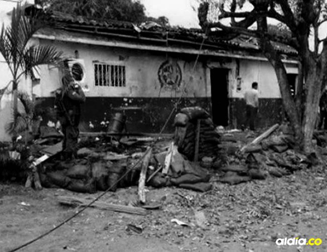 Tras la activación de la carga explosiva se cayeron paredes y techos. Hasta el momento no se han pronunciado las autoridades. | AL DÍA