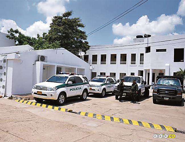 Esta es la Estación de Policía donde le brindaron ayuda a los heridos.