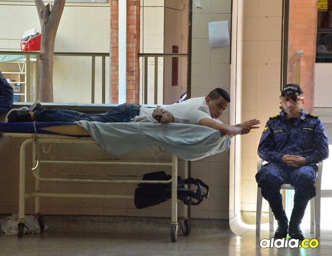 Lebith Rúa fue internado en el hospital Rosario Pumarejo de López con lesiones en los glúteos y la zona sacra.