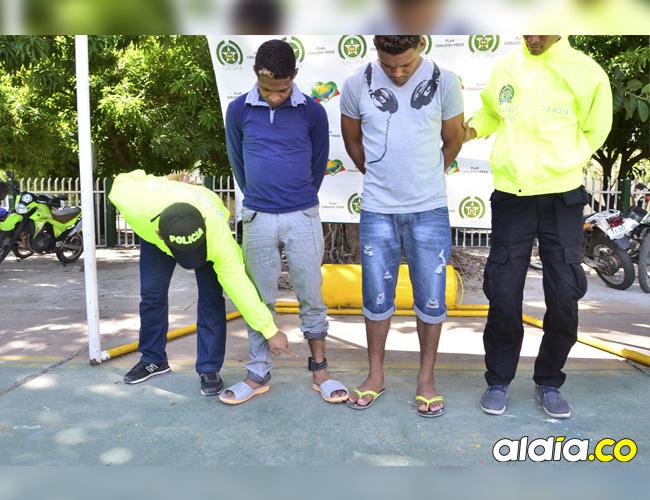 A pesar de portar brazaletes electrónicos del Inpec, presuntos delincuentes con detención domiciliaria son recapturados por la Policía en las calles.