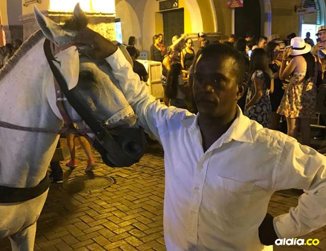 Este es el caballo que mordió a la mujer de la tercera edad y por lo cual se ha visto obligada al uso de los antibióticos. | Al Día