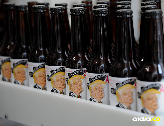 """El primer lote de """"Amigous"""", de 1.200 botellas y 400 litros en barril, se agotó en tres días   Bernardo Montoya/ AFP"""