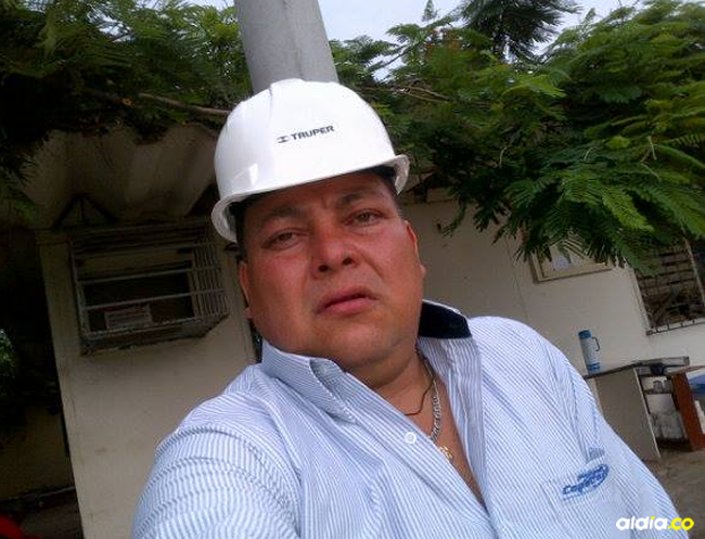 Tres balazos acabaron con Luis Rojas Rincón, quien fue auxiliado por sus compañeros el día en que lo balearon. | Al Día