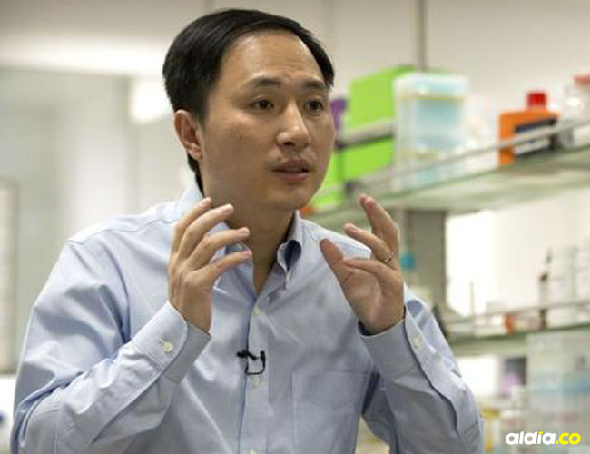 El científico chino He Jiankui, profesor de la universidad de Shenzhen, anunció el nacimiento de las dos gemelas.