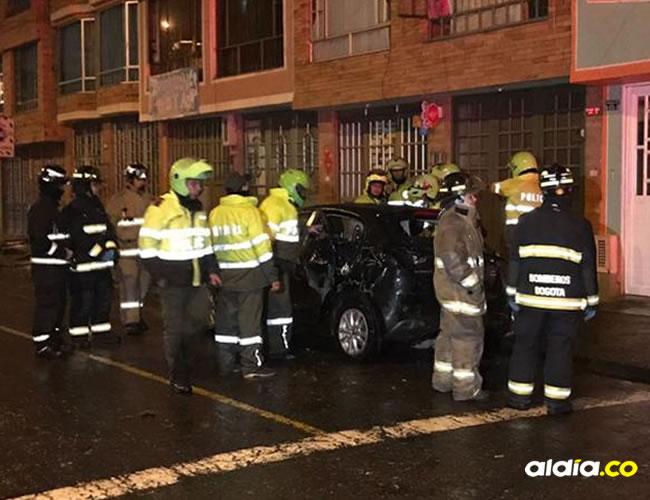 El accidente habría ocurrido minutos antes, pero en la  en la calle 67 A con carrera 113 se dieron cuenta del extraño suceso   Camilo Cruz- Twitter