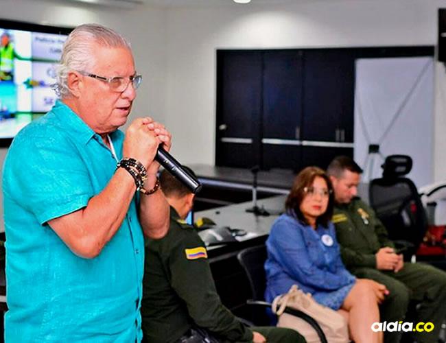 Alcalde Joao Herrera cuando anunciaba los cambios en la jornada escolar   Cortesía El Heraldo
