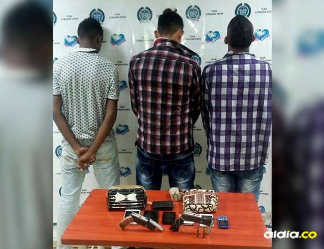 Al requisar a los presuntos atracadores les encontraron dos armas de fuego artesanales | Al Día