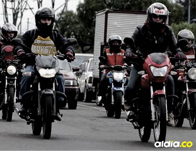 Los colombianos han optado por la motocicleta por ser un medio de transporte más económico que el carro | Motor