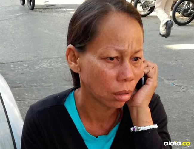 Yajaira Isabel Martínez Solano a la salida de la Fiscalía. | Al Día