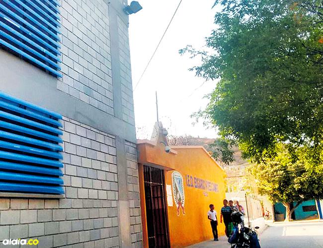 I.E.D. Edgardo Vives Campo, del barrio Libertador de Santa Marta, en donde resultaron heridos los tres menores. | AL DÍA