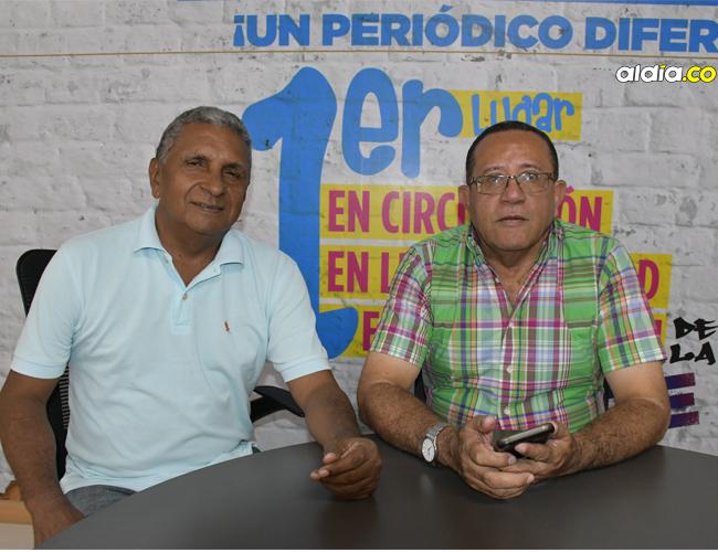 Alberto De la Cruz (der.) y Rafael Ortiz, organizadores.