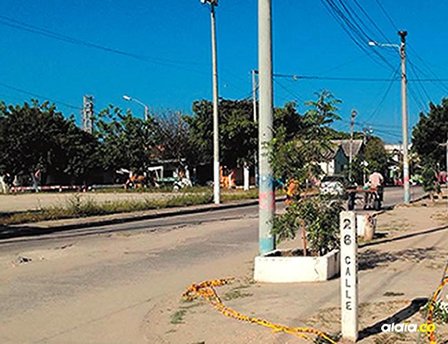Los hechos que terminaron en la muerte del patrullero de la Sijín y de Salcedo Soto ocurrieron en esta esquina. | AL DÍA
