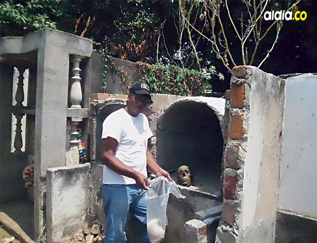 Varias tumbas han sido abiertas por desconocidos en el cementerio del municipio en el sur del departamento.