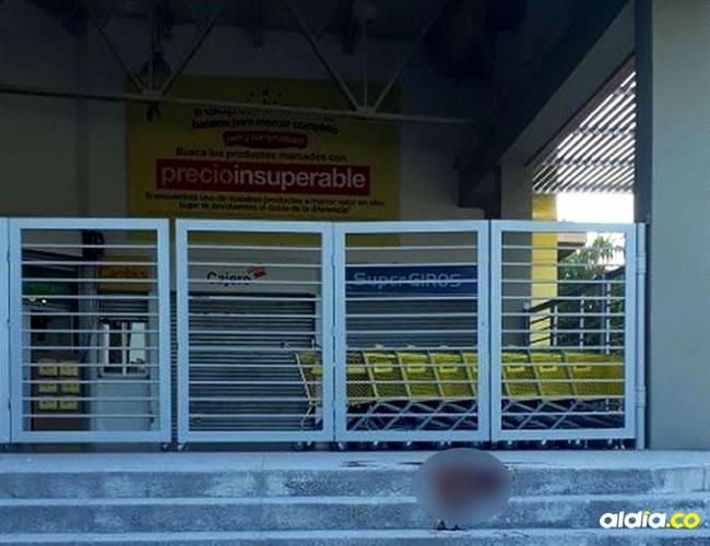 Los hechos ocurrieron en toda la entrada del centro comercial Éxito Metropolitano. | AL DÍA