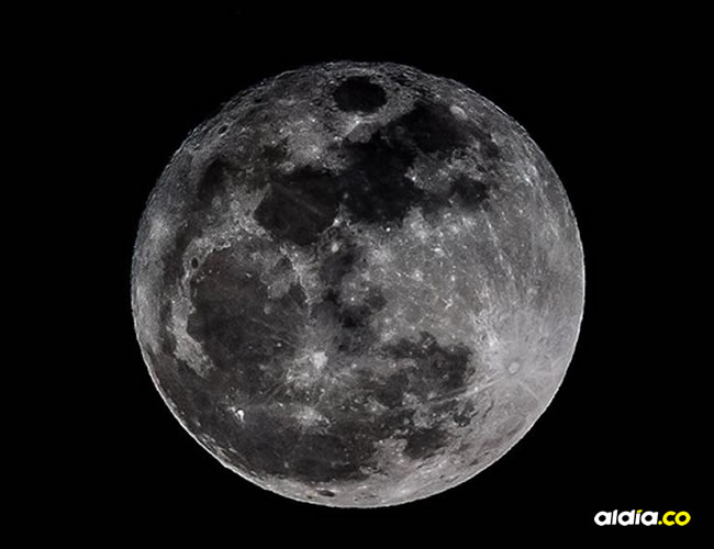 A las 7:00 p.m. se podrá observar la luna en todo su esplendor.   EL HERALDO