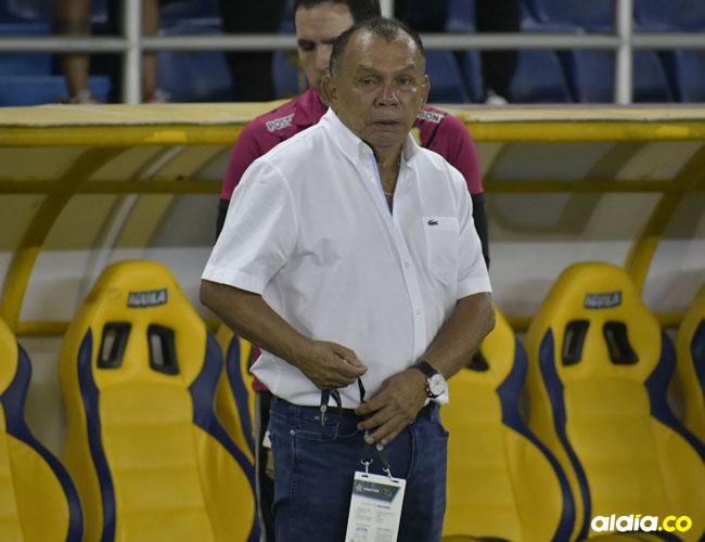 Jorge Luis Bernal empezó a dirigir en 1986 con el Deportes Tolima, equipo con el que lleva seis ciclos en el fútbol colombiano.