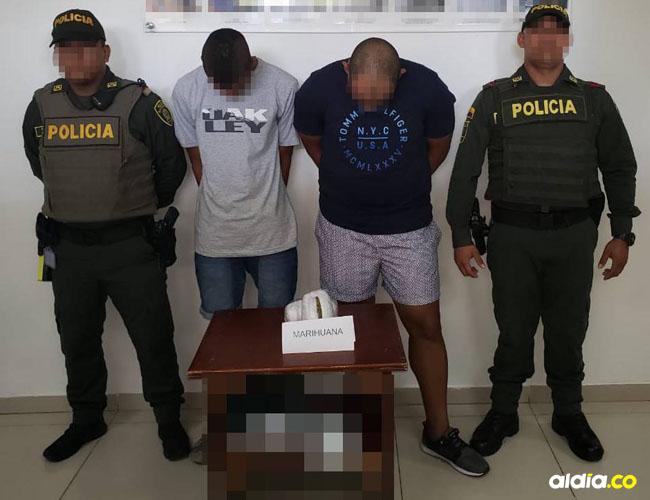 Las autoridades señalaron que Néstor Andrés Hooker Forbes, de 21 años, estilista, y Carlos Mario Hooker, de 23, músico profesional, tenían planeado llegar hasta San Andrés Islas.