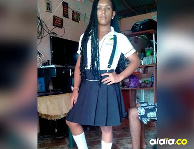 Tifany Julieth con su uniforme de colegio. (Fotografía fue autorizada por sus allegados)   Cortesía