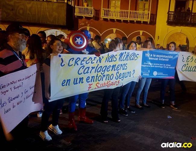 Los cartageneros se reunieron en la Plaza de La Paz para exigir la erradicación del 'turismo sexual' en la ciudad.