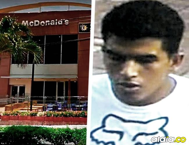 El atraco occurió en McDonald's de la calle 80 con 51B y este es el posible sospechoso | Archivo