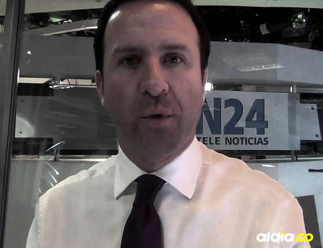 Andrés Felipe Arias es conocido por su sección de 'Cazanoticias' en RCN | Captura de YouTube