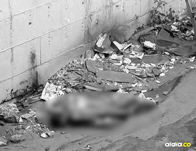 El cadáver presenta golpes, que la fuente consultada los atribuyó al tránsito del cadáver por el arroyo | ALDÍA|