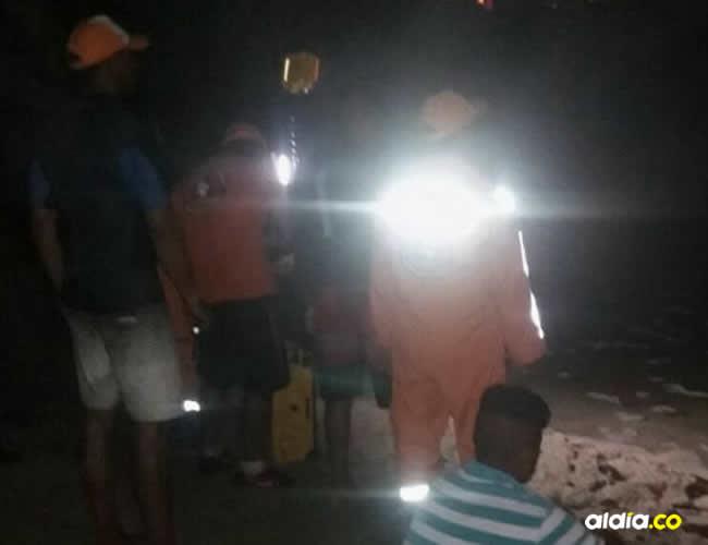 Rescatistas en el sitio donde el Caimán atrapó al niño | Cortesía