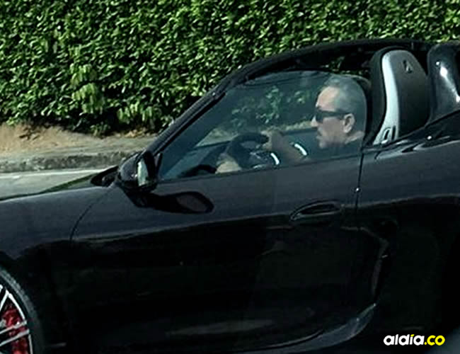 A Aguilar se le vio manejar un auto de más de $200 millones después de afirmar que no tenía dinero para pagar la multa | Cortesía