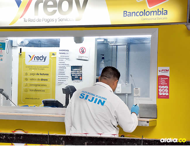 Dos delincuentes robaron a las 9 de la mañana de este sábado $50 millones en efectivo de un punto bancario | Josefina Villareal