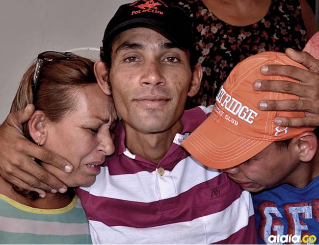 Gerardo Sánchez se reecontró con su familia en Riohacha después de dos años desaparecido | Héctor Palacio