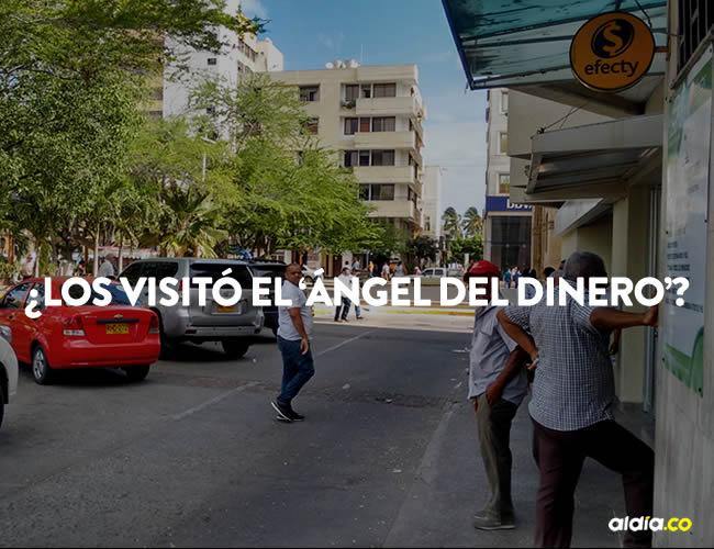 Reunió en la puerta a los mototaxistas y regaló dinero por una cantidad indeterminada | Francisco de la Hoz