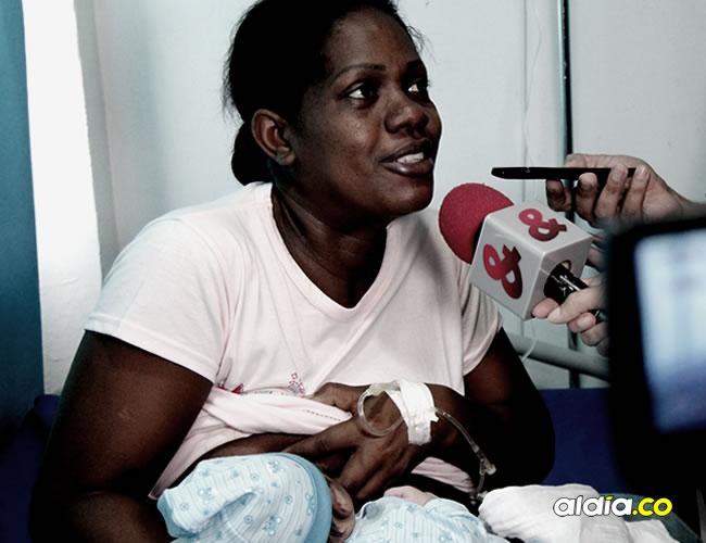 Yesica María Pacheco Martínez se vino del estado de Zulia y dio a luz ayer una bella niña en la Maternidad Rafael Calvo | Lorena Henriquez