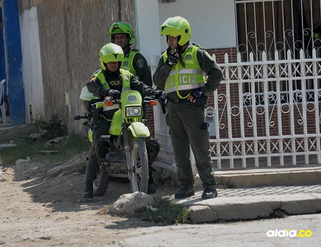 El sector Central de Olaya Herrera amaneció custodiado por varios uniformados de la Policía Metropolitana de Cartagena | Lorena Henriquez