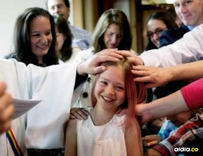 Sus padres tienen miedo de cómo será tratada Rebekah en el futuro, debido a que su caso ha generado comentarios positivos y negativos | Cortesía